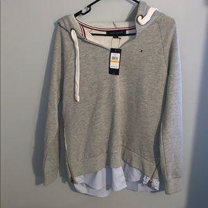 Tommy Hilfiger sweatshirt top.